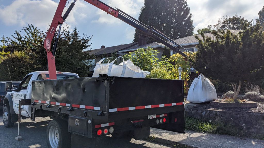 Dirt delivery service to home Metro Vancouver