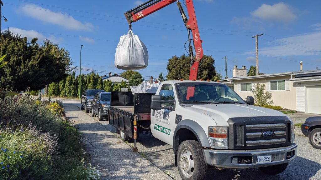 Bulk bag delivery of gardening supplies and landscaping dirt Surrey BC